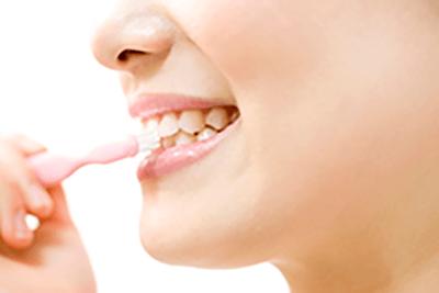 なるべく歯を削らず、自分の歯を残す